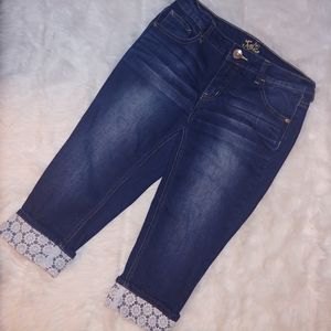 Justice crochet cuff cropped jeans